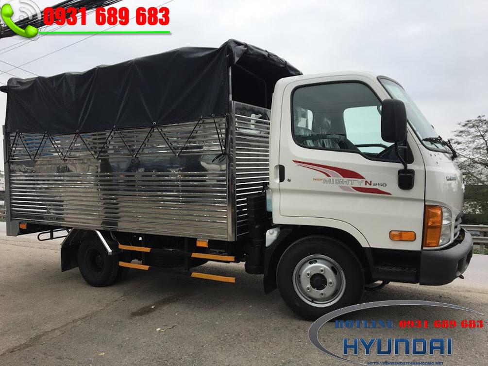 Hyundai N25o thùng bạt