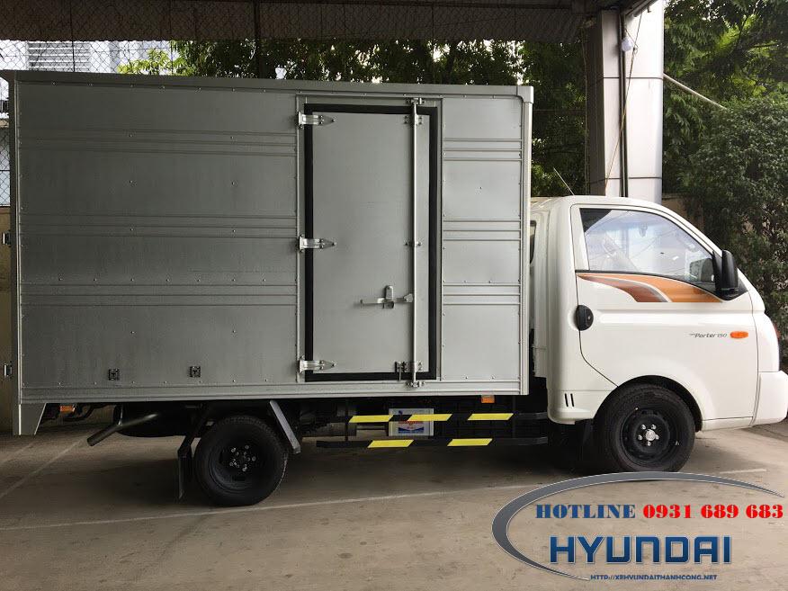 hyundai porter 150 thùng kín