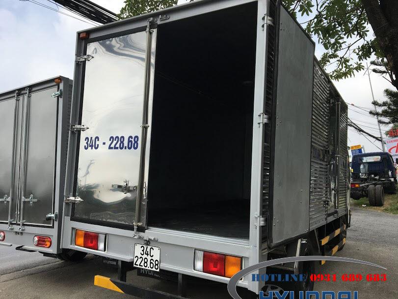xe tải iz65 3.5 tấn thùng kín