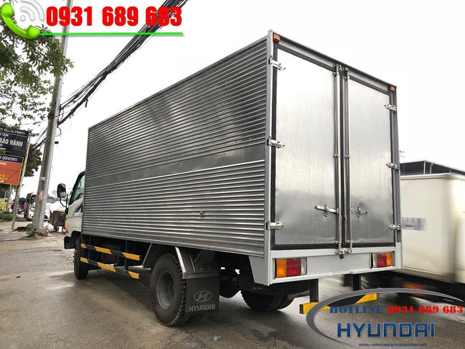 Hyundai 8 tấn thùng kín