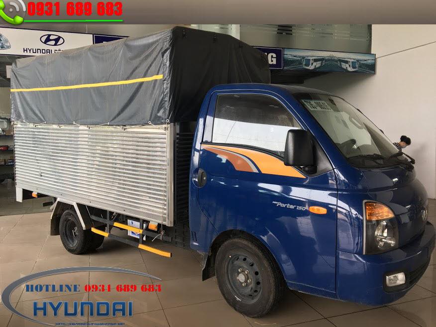 xe tải Hyundai h150 thùng bạt