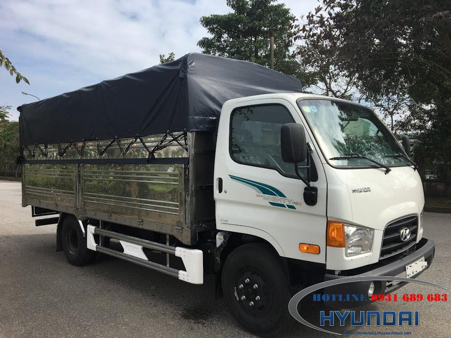 Xe Tải Hyundai 110S Chở Cá Thùng Bạt INOX