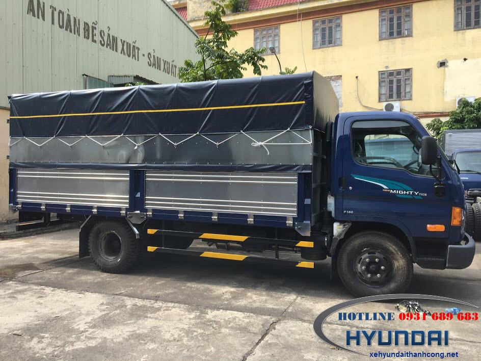 Hyundai Mighty 110SL thùng bạt