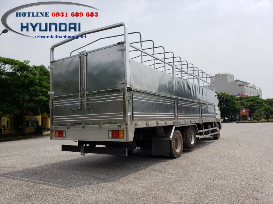 Hyundai HD240 thùng bạt