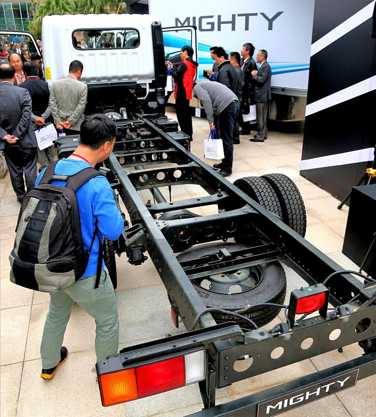 Hyundai Mighty EX8L Thành Công