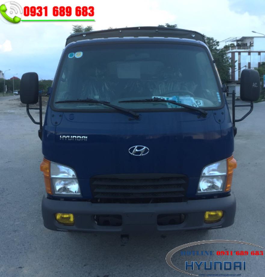 Hyundai 2.5 tấn chở gà vịt