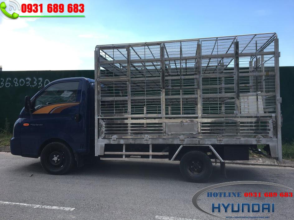 Hyundai Porter 150 chở gia cầm