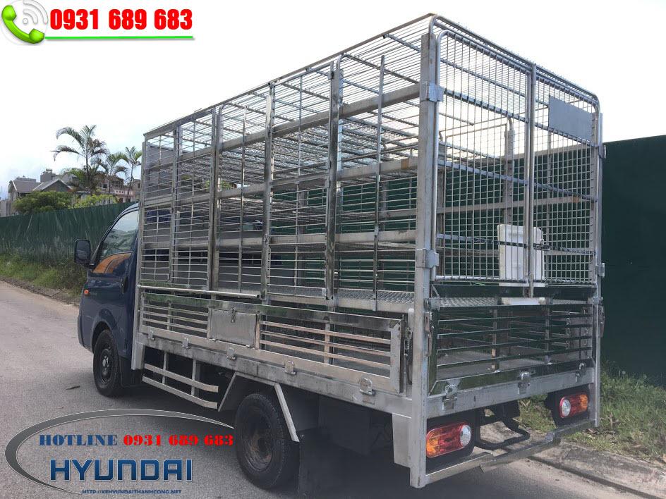 hyundai H150 thùng chở gà vịt