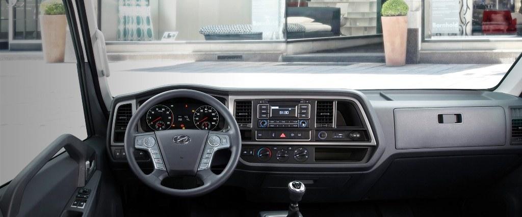 nội thất Hyundai Mighty EX8