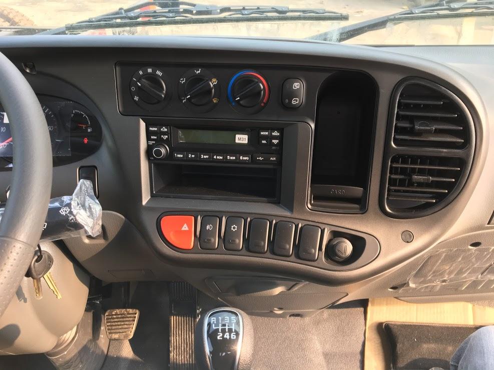 Nội thất Hyundai N250SL