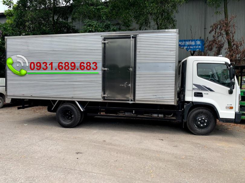 Xe tải Hyundai EX8 thùng kín