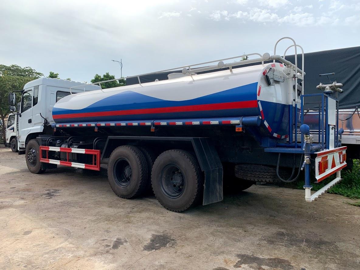 xe phun nước rửa đường 13 khối