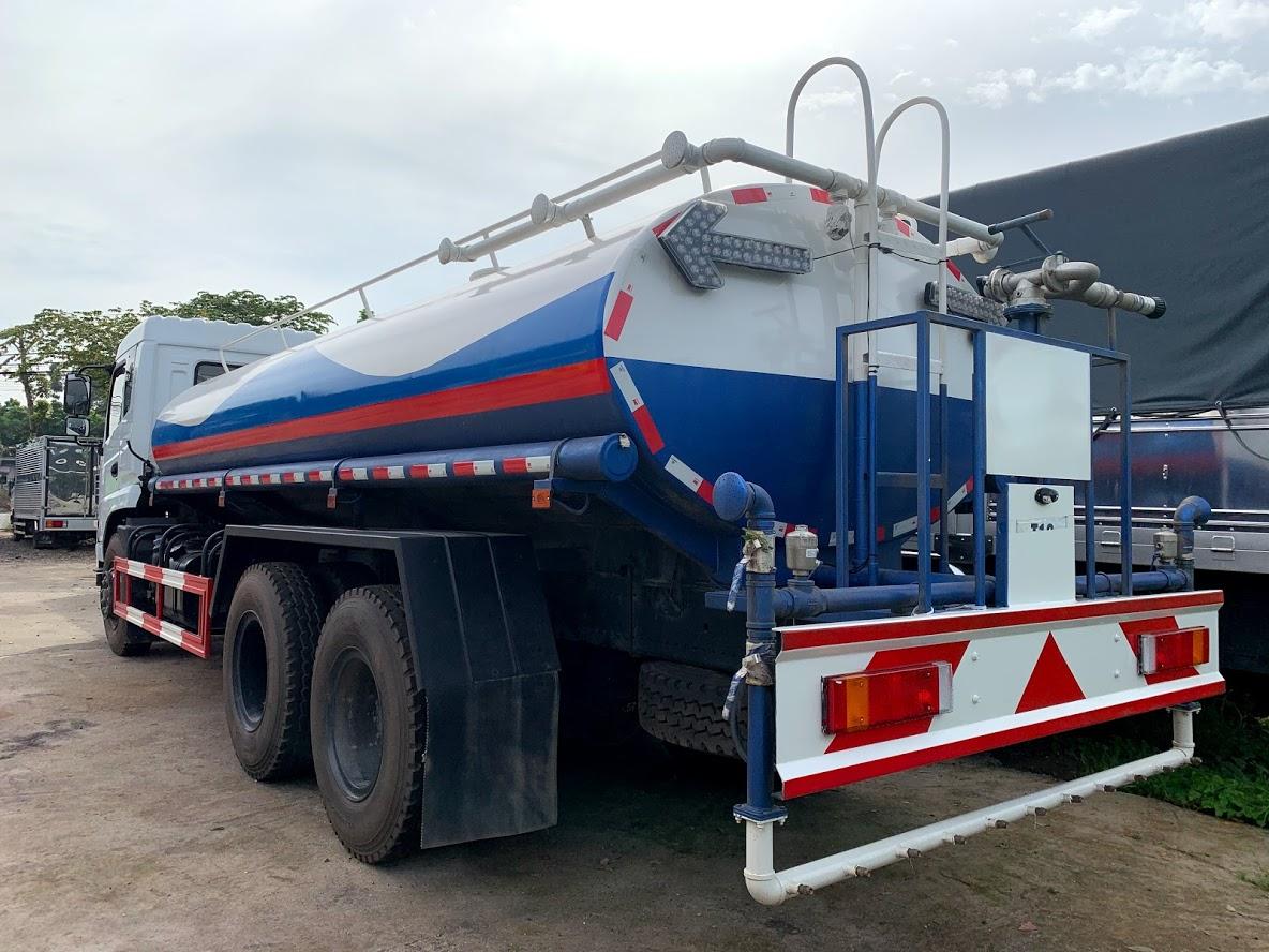 xe tưới nước rửa đường 13 khối
