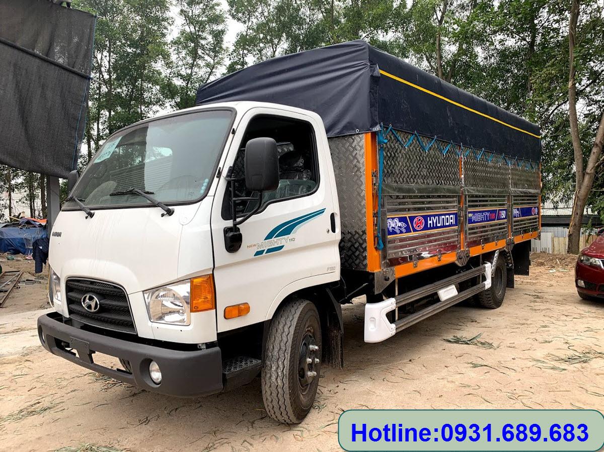 Xe tải Hyundai 110XL thùng mui bạt